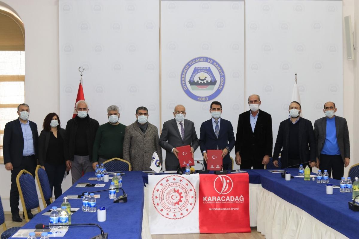 Diyarbakır'da Çağrı Merkezi ve Gastro İnovasyon Merkezi İçin İmzalar Atıldı