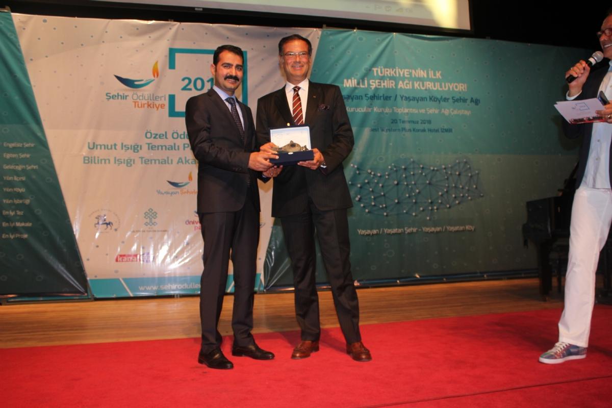 Tarih Yeniden Canlanıyor Projesi'ne Yılın Turizm Projesi Ödülü Verildi!