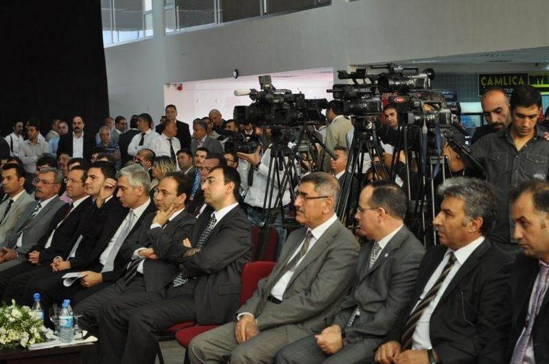 Diyarbakır İnşaat ve Belediye 2010 Fuarı Ziyaretçilerini Bekliyor…