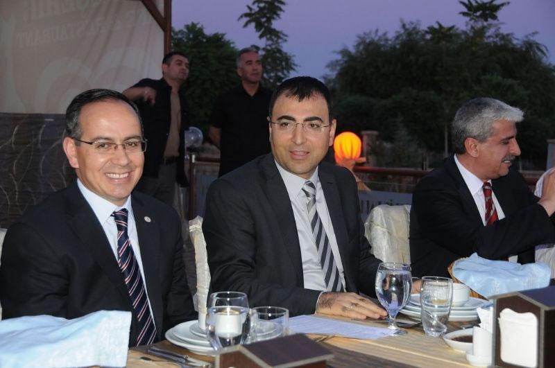 Ajans Yönetim Kurulu Başkanı Vali Toprak Basınla Yemekte Buluştu