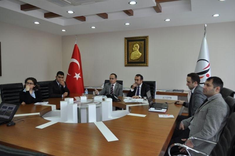 Diyarbakır Milletvekili Cuma İçten, Ajansımız Hakkında Bilgi Aldı