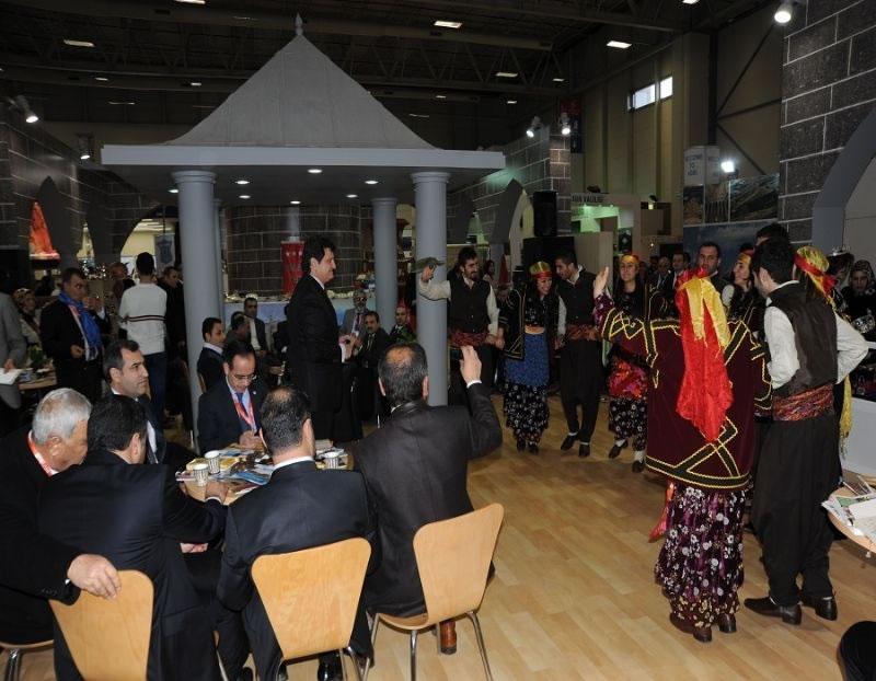 Diyarbakır-şanlıurfa'ya 60 Ülkeyi Buluşturan Emıtt'te Yoğun İlgi