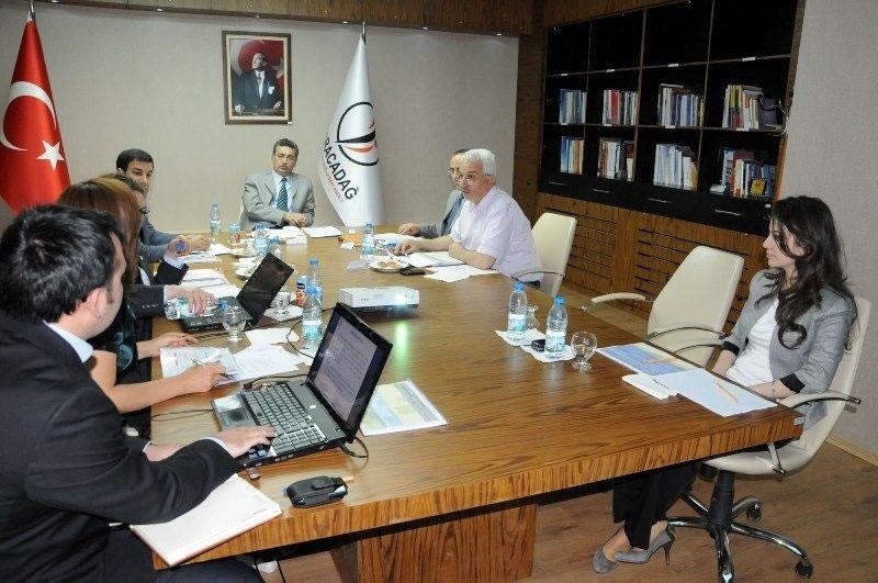 Vali Güvenç: Diyarbakır ve Şanlıurfa Cazibe Merkezi Olma Yolunda İlerliyor