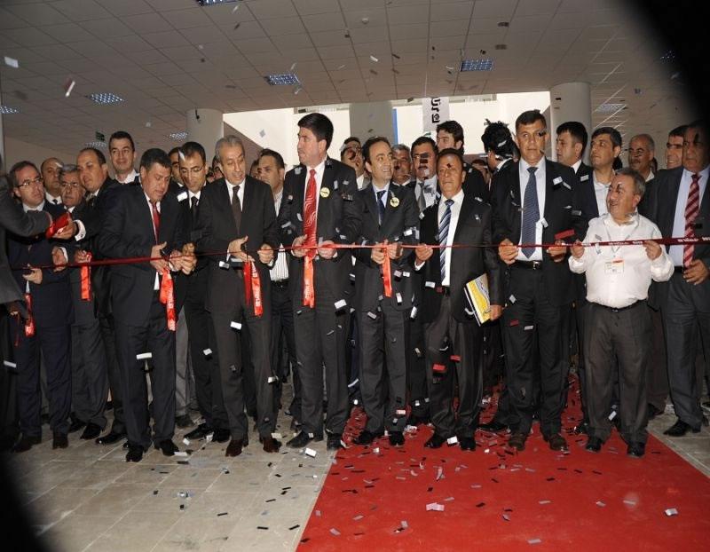 Diyarbakır Fuar ve Kongre Merkezi ' Yeni Yüzüyle ' Hizmete Açıldı