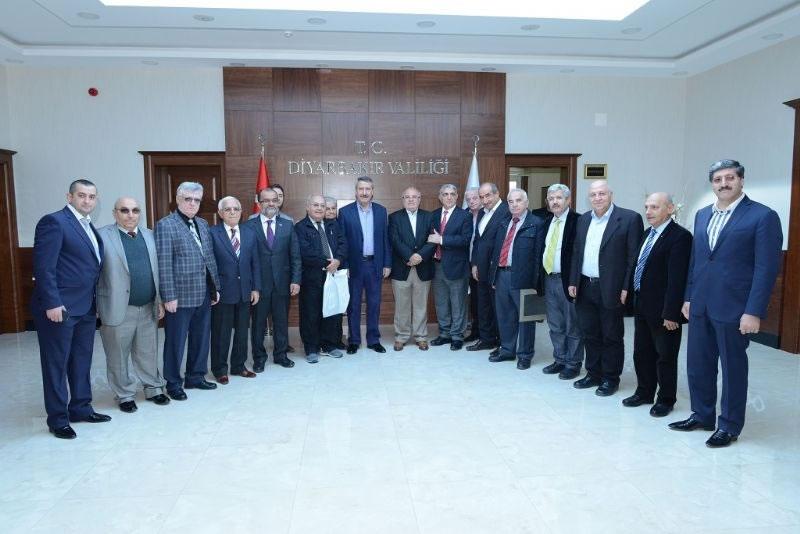 İzmirli Sanayicilerden Vali Kıraç'a Ziyaret