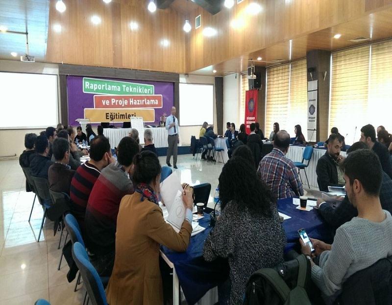 Ajansımızdan Diyarbakır Büyükşehir Personeli'ne Proje Hazırlama Eğitimi