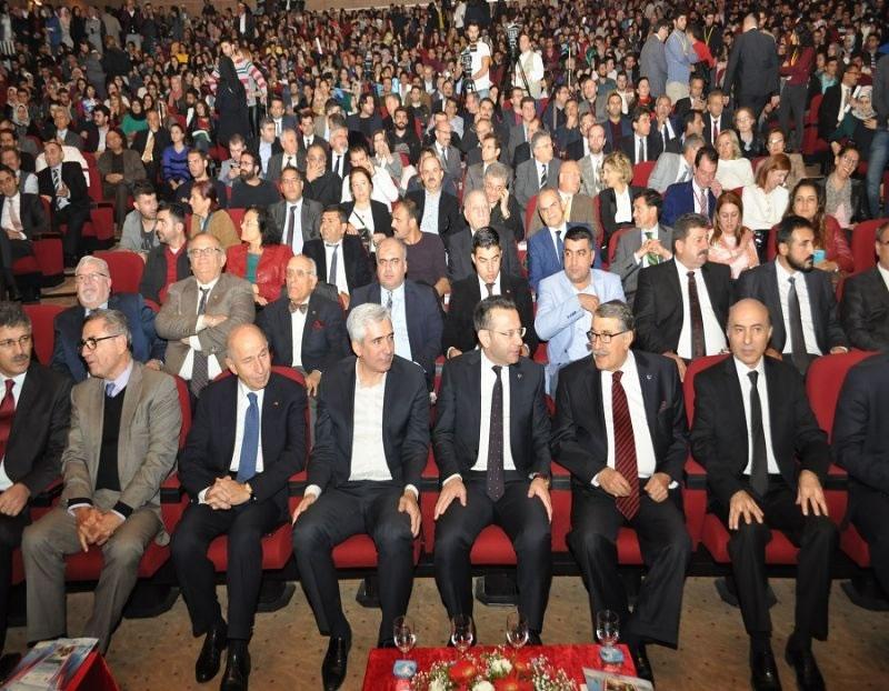Uluslararası Diyarbakır Sempozyumu Başladı