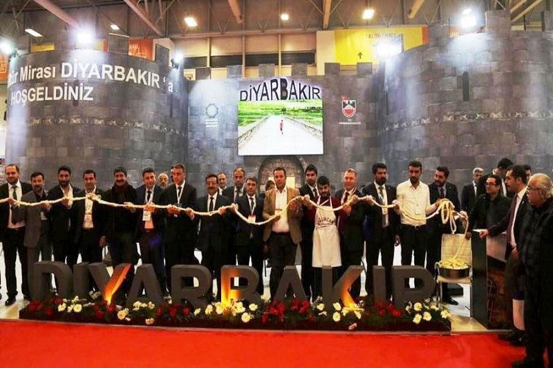 Diyarbakır'a Emıtt Fuarı'nda Ziyaretçi Akını