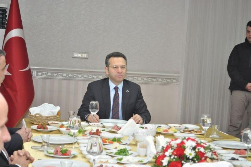 Vali Aksoy'dan Diyarbakır İş Dünyasına Cazibe Merkez Bilgilendirmesi