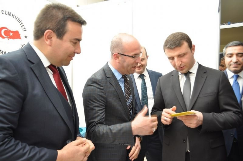 Diyarbakır İstihdam, Kariyer ve Girişimcilik Fuarı Başladı