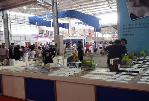 Diyarbakır Kitap Fuarı Açıldı