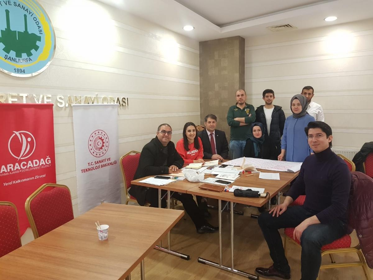 Diyarbakır ve Şanlıurfa'da Proje Hazırlama Eğitimleri Başladı